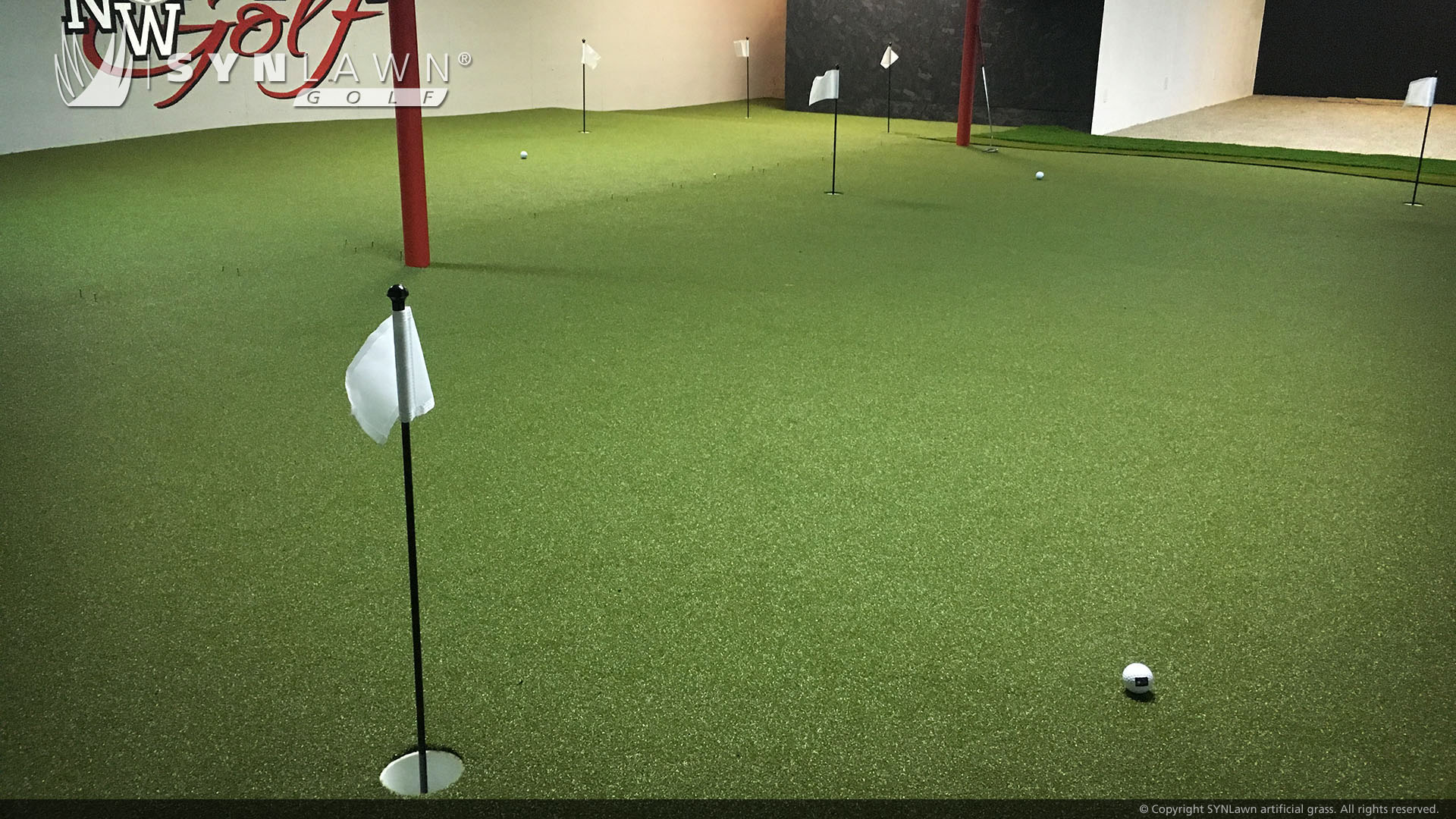 putting green for indoor commercial use