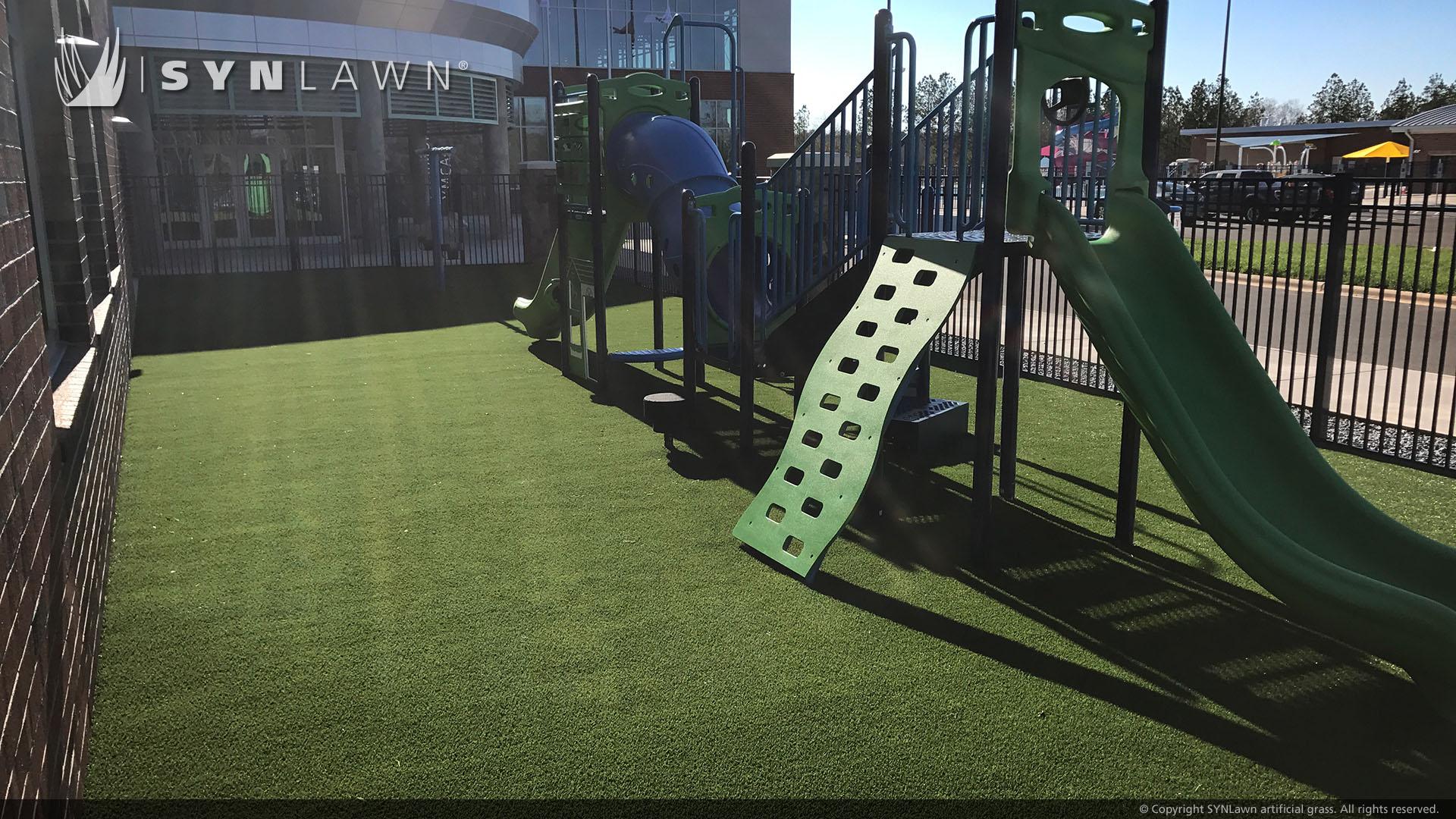 artificial grass for nursery playground