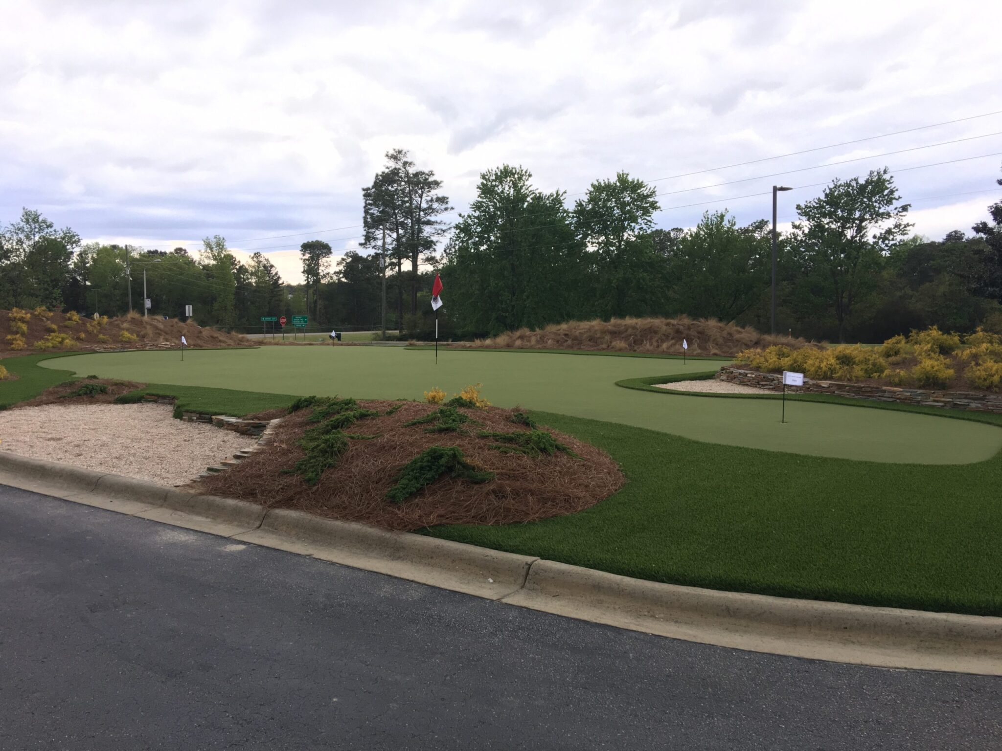 putting green, artificial grass for commercial use
