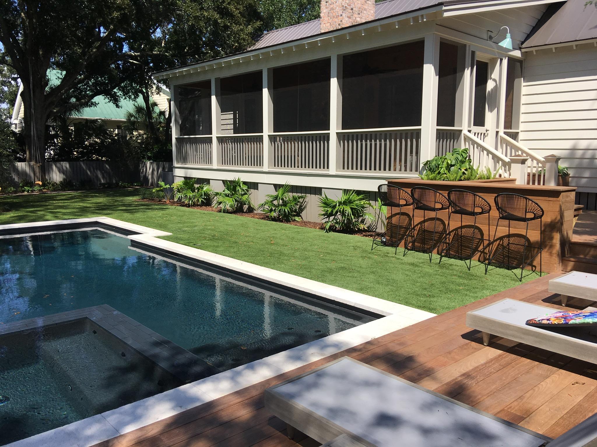 artificial grass for backyard space