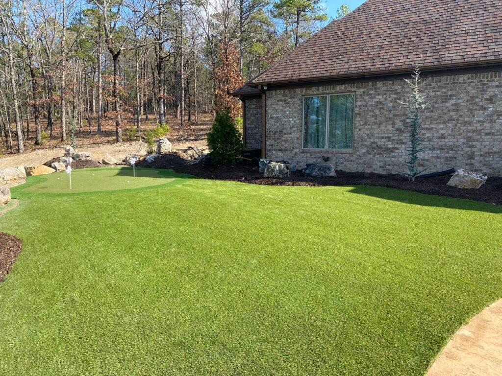 install artificial grass for putting green