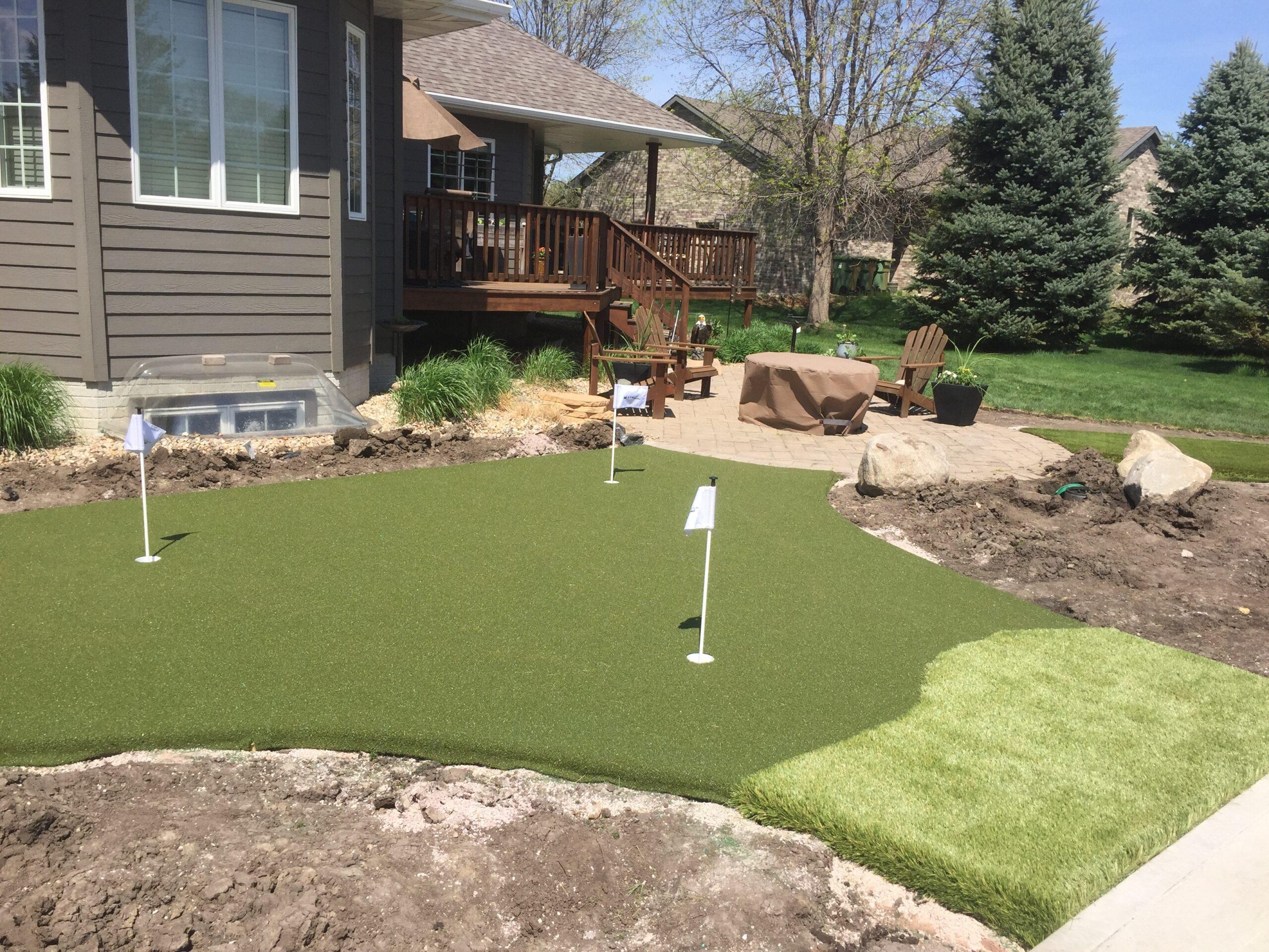 artificial grass, putting green in backyard