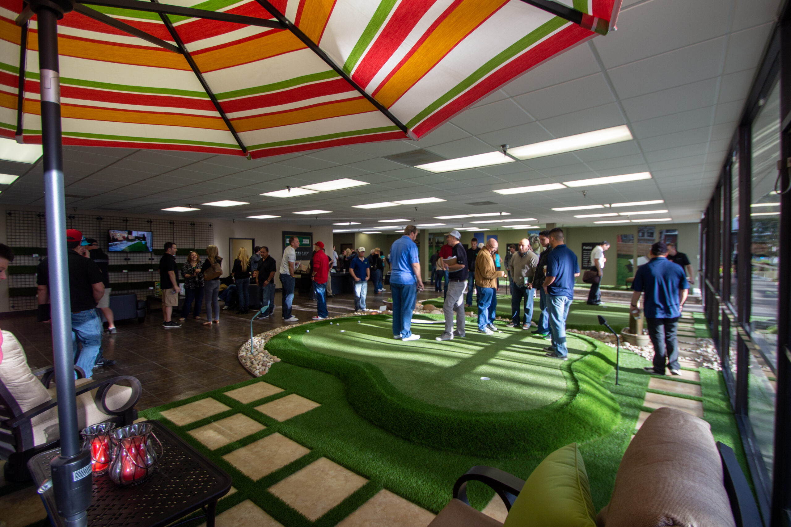 putting green in commercial space