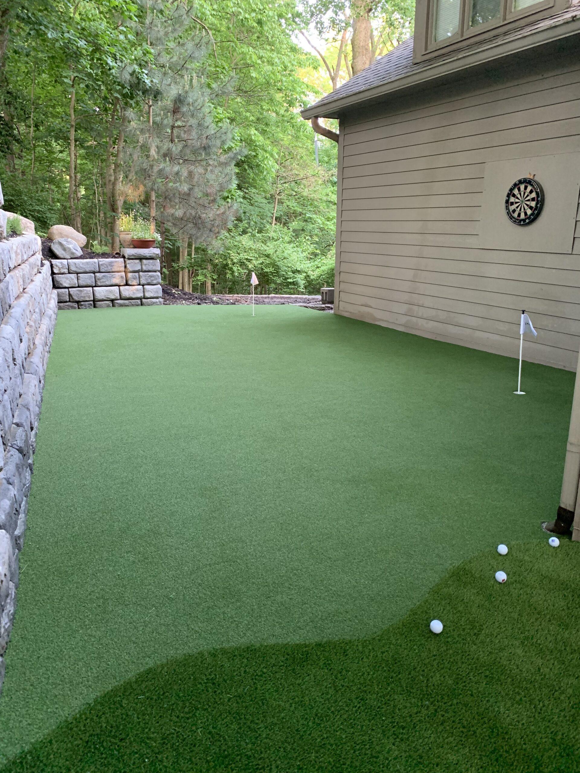 residential putting green artificial grass install